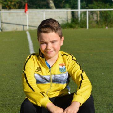 Migui: «El fútbol me ha enseñado valores como el compañerismo, trabajo en equipo y convivencia».