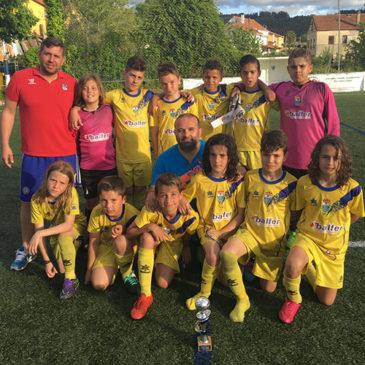 El Alevín B conquistó la segunda posición en el Torneo Vila F8 de Pontedeume.