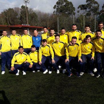 O primeiro equipo sigue lider e ilusiona a parroquia amarela